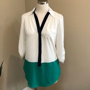 A. Byer colorblock navy green blouse long sleeve S